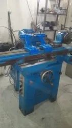 Cast Iron Used Tool And Cutter Grinder Kao Ming Brand, Size: 500 Mm Admit Between Centers