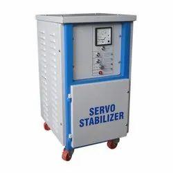 Three Phase Digital controller Servo Voltage Stabilizer, Capacity: 30 Kva To 400 Kva