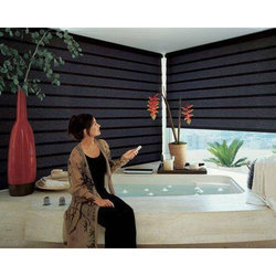 Motorized Venetian Blind