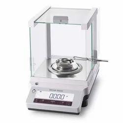 Mettler Toledo Diamond Weighing Balance. JE1103CE