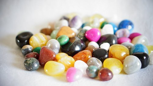 Multicolour Shiny Marble Stone Pebbles For Vase Fillers