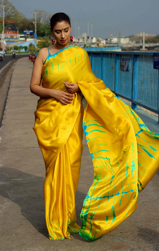 0ba35ab7efb3ad Yellow Festive Wear And Casual Wear Pure Satin Silk Shibori Saree ...