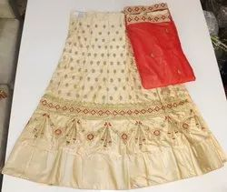 Silk Lahenga With Red Dupatta