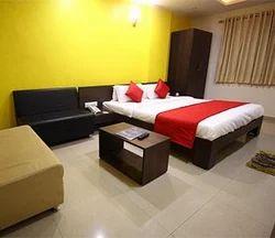 Super Delux Room Rental Services