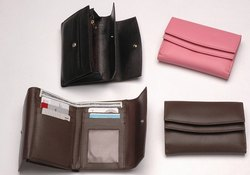 Small Leather Ladies Wallet