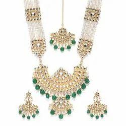 White Glossy Traditional Kundan Rani Necklace Set, Earring