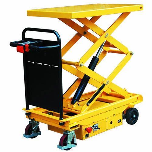 Hunter Semi Electric Scissors Lift, Capacity: 1-2 Ton,   ID: 15029454548