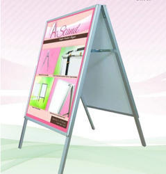 Wholesale Supplier of Backdrop Stand & Folding Chairs by