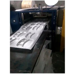 Vaishnavi Fully Automatic Single Die Paper Plate Making Machine, 220-380 V, Production Capacity: 6000-8000 Pieces Per Hour