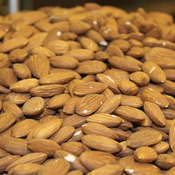 Golden Valley Raw Almond Nuts, Packing Size: 30 Kg, Packaging Type: Plastic Bag