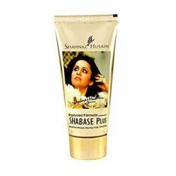 Shahnaz Husain Sha Glow Pluse Moisturizing Cream