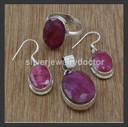 Ruby Gemstone Nice 925 Sterling Silver Jewelry Set