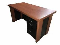 ED 07 Executive Table
