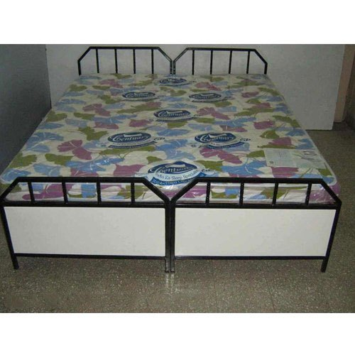 Two Single Beds With Storage