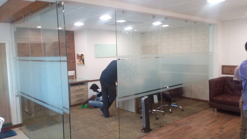 Transparent Toughened Glass Door For Office Rs 725