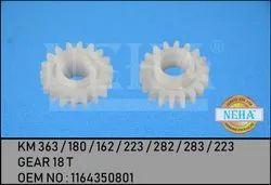 Gear 18 T  KM 363 / 180 / 162 / 223 / 282 / 283 / 223   OEM NO : 1164350801
