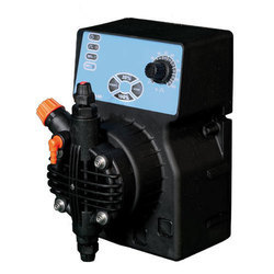 DLX Solenoid Metering Pump