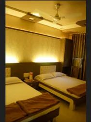 Four Bed Deluxe Rental Services