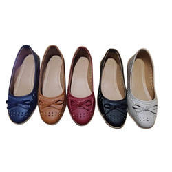 2c5f42a6f5d Wholesale Trader of Ladies Slipper   Ladies Belly by Krishna Hans ...