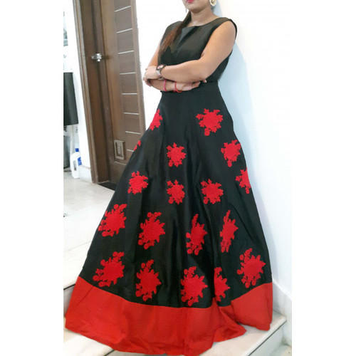 0bc2d44dbbd4e Satin Red Black Gowns On Rent, Rs 2400 /piece, Shahi Lehenga | ID ...