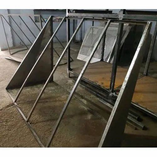 Powder Coating Mild Steel Windshield Frame, Dimension/Size: 6 X 4 Feet