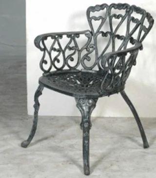 Krishna Art Casting Iron Arm Chair Rs