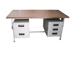 Joyco Office Table
