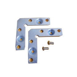 Aluminium Polished Profile Connector, Weight: 10-50 g