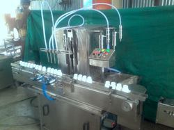 Semi-Automatic Oil Packaging Machinery, Power: 3 Kw