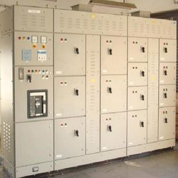 Automatic Power Factor Controller with Thyristor Controlled