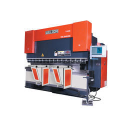 11 Axis CNC Synchro Press Brake Machine