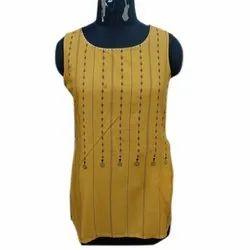 Party Wear Straight Ladies Sleeveless Rayon Printed Kurti, Size: S-XL, Wash Care: Handwash