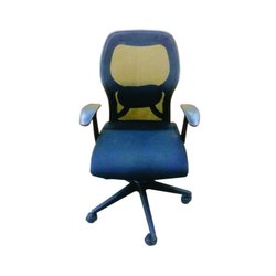 Veeton Black Head Support Office Chair, Adjustable Seat Height: Yes