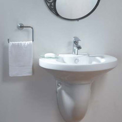 Ceramic White Pedestal Wash Basin