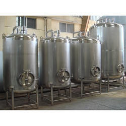 Laboratory Storage Tank