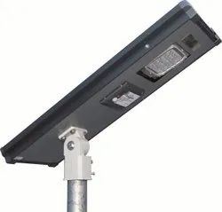 18 Watt All In One Solar Street Light