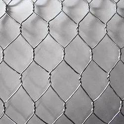 2.5 Mm Hexagonal Chicken Wire Mesh, Size: 25-50 Meter