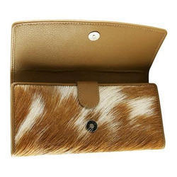 Brown Female Designer Ladies Leather Wallet