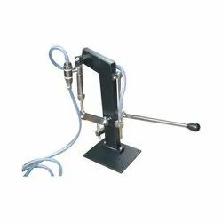 Manual Hand Operated Liquid Filling Machine