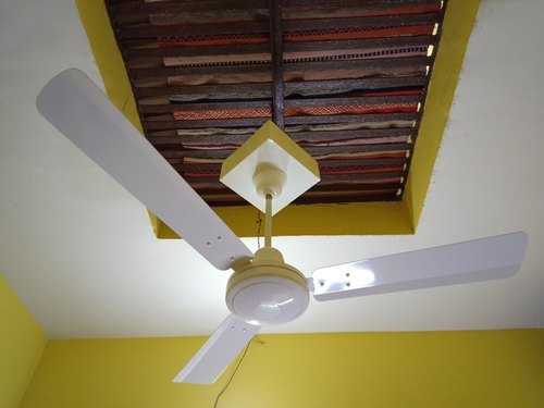 Rechargeable AC-DC Remote Ceiling Fan