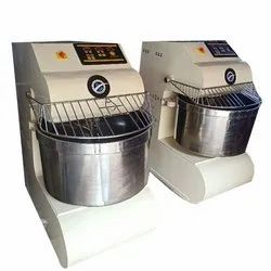 Spiral Mixer With 50 KG Flour Capacity