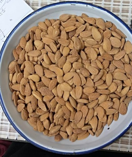NA Almonds, Packaging Size: 25kg, Packaging Type: Sacks