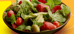 Crispy Wai Arugula And Strawberry Salad