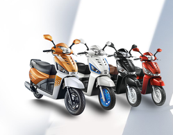 Gusto 125 Scooters