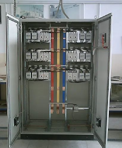 Three Phase Iron Power Factor Pannel, 440 V, Automation Grade: Automatic