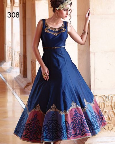 New Designer Gown at Rs 2100 /piece | Ladies Gown | ID: 14325859212