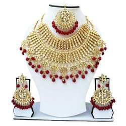 Pearls Party Wear Bridal Kundan Necklace, Size: Medium