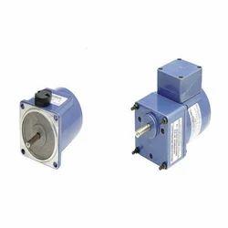 Revolution Technology Single Phase 15 Watt AC Gear Motor, For Industrial, Voltage: 280 V