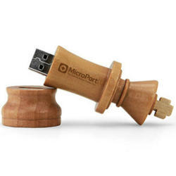 Wooden King Pen Drive