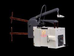 Portable Hand And Pneumatically Operated Spot Gun